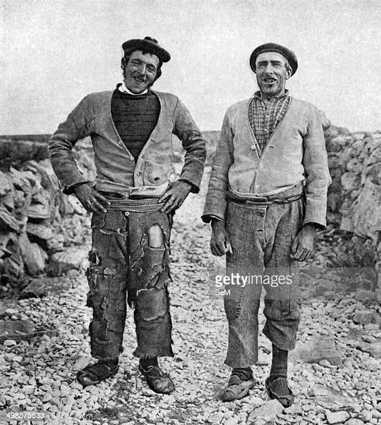Historical Geography 1900 Ireland Good humour and kindly feeling play about the smiling mouths and eyes of these tall broadshouldered men of...