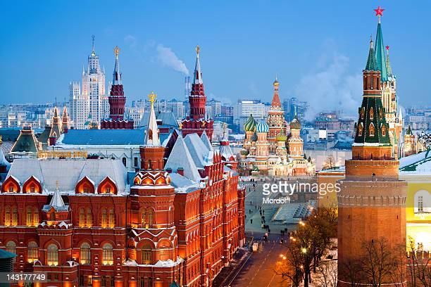historical museum, st.basil cathedral, red square, kremlin in moscow - moscow russia stock pictures, royalty-free photos & images