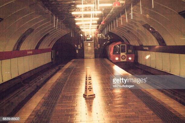 historical old city metro train at glasgow scotland england - old glasgow stock photos and pictures
