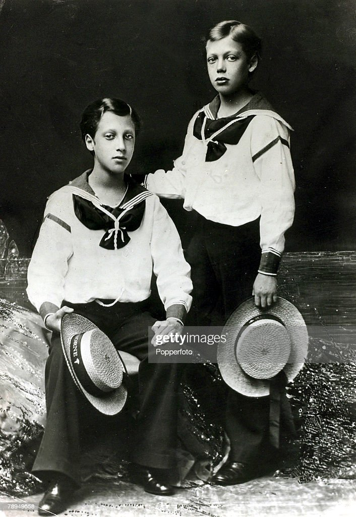 History Personalities, British Royalty, pic: circa 1870's, HRH,The Duke of York, right, (1865-1936) later King George V, pictured with his brother the Duke of Clarence
