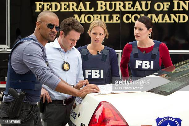 Hit / Run Morgan Det William LaMontagne Jr JJ and Prentiss try to foil a gang of serial killing bank robbers in Washington DC as the BAU team tries...