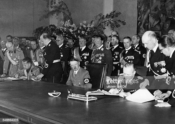 Hitler Adolf Politician NSDAP Germany *20041889 Count Galeazzo Ciano Italian Minister of Foreign Affairs and his German counterpart Joachim...