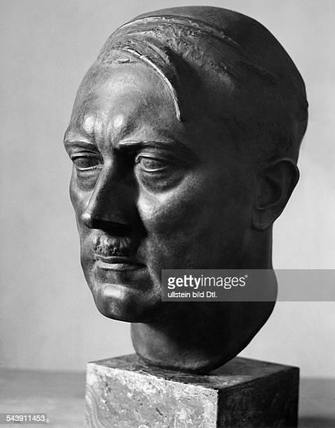 Hitler Adolf Politician NSDAP GermanyPortait bust 1944 Photographer PresseIllustrationen Heinrich Hoffmann Published by 'Die Gruene Post'...
