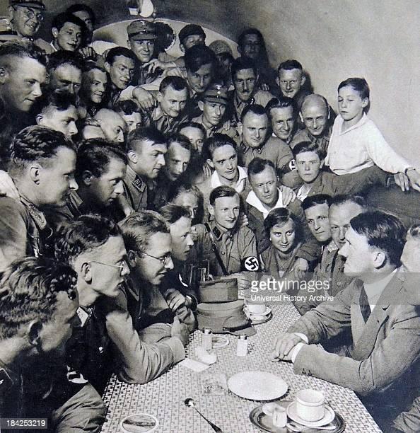 Hitler meets with Naziyouth members circa 1930