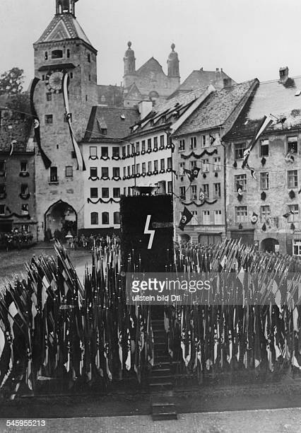 Hitler Youth at the market square in Landsberg am Lech before going on their 'Adolf Hitler March' to the Nuremberg Rally September 1937