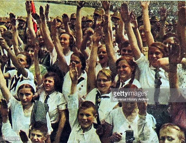 Hitler youth gathering of young Hitler maidens circa 193334