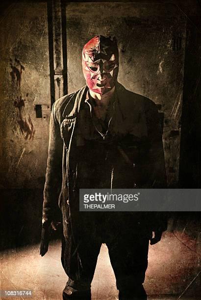 hit-homem vestindo uma máscara lucha libre mexicana - assassino - fotografias e filmes do acervo