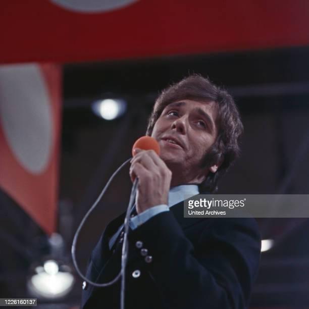 Hitparade, Musiksendung, Deutschland 1969 - 2000, Miwirkender: Erik Silvester.