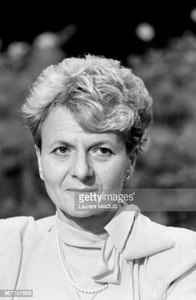 Hélène Luc présidente du groupe communiste au Sénat le 27 septembre 1984 à Drancy France