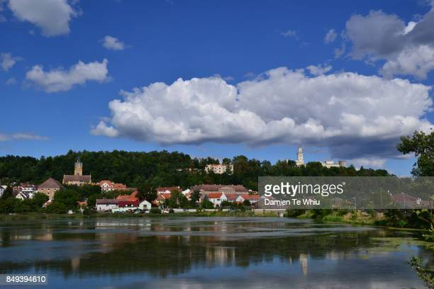 hluboká nad vltavou - lugar histórico imagens e fotografias de stock