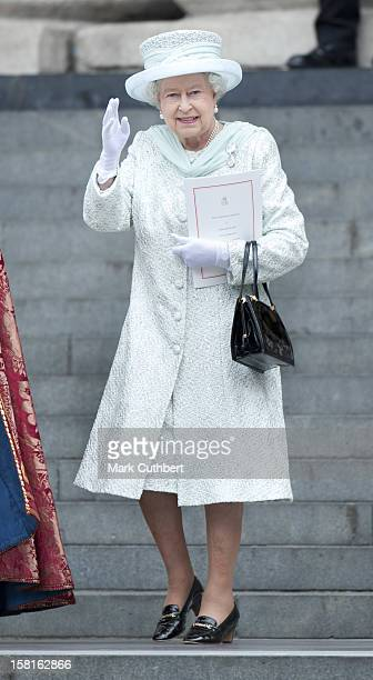 Hm Queen Elizabeth Ll Attending A National Service Of Thanksgiving At St Paul's Cathedral In London As Part Of The Diamond Jubilee Celebrations.