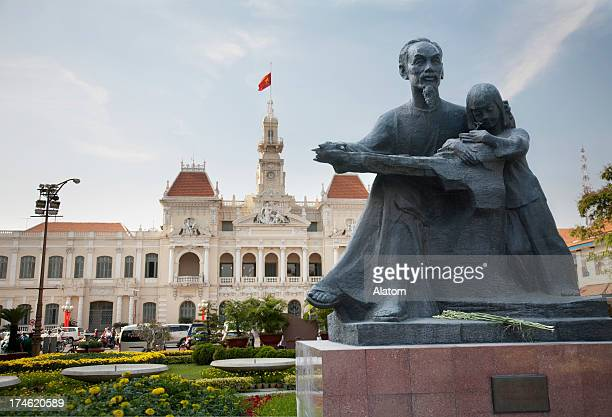 Ho Chi Minh statue and City Hall in HCMC