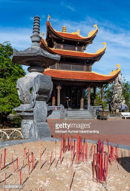 ho quoc pagoda buddhist temple, island of phu quoc, vietnam, indochina, southeast asia, asia - indochina stock pictures, royalty-free photos & images
