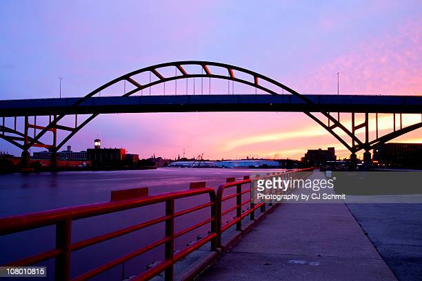 hoan at sunset - milwaukee stock pictures, royalty-free photos & images