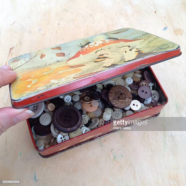 hoarding treasure troves - chesterfield square stock-fotos und bilder