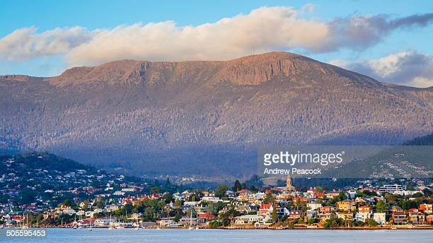 hobart and mount wellington at dawn - hobart tasmania stock pictures, royalty-free photos & images