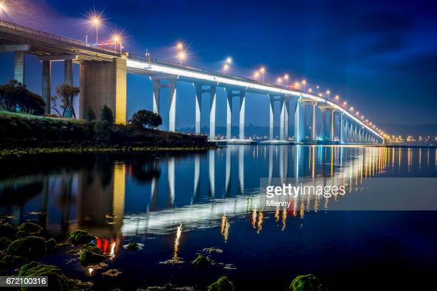 hobart tasman bridge at night tasmania australia - hobart tasmania stock pictures, royalty-free photos & images