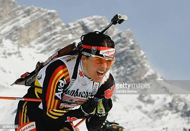 WM 2005 Hochfilzen 110305 4 x 6km Staffel Frauen Uschi DISL/GER
