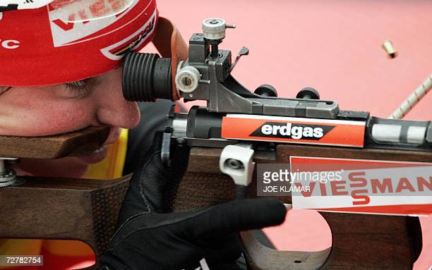 Andrea Henkel of Germany takes her first shoot in the women's 10 km pursuit during the IBU Biathlon World Cup in Hochfilzen 09 December 2006Germany's...