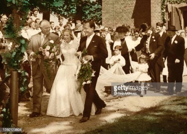 Hochzeit auf Immenhof, D 1956, Regie: Volker von Collande, HANS NIELSEN, KARIN ANDERSEN, PAUL KLINGER, Key: Hochzeit, Hochzeitsgesellschaft, Braut,...