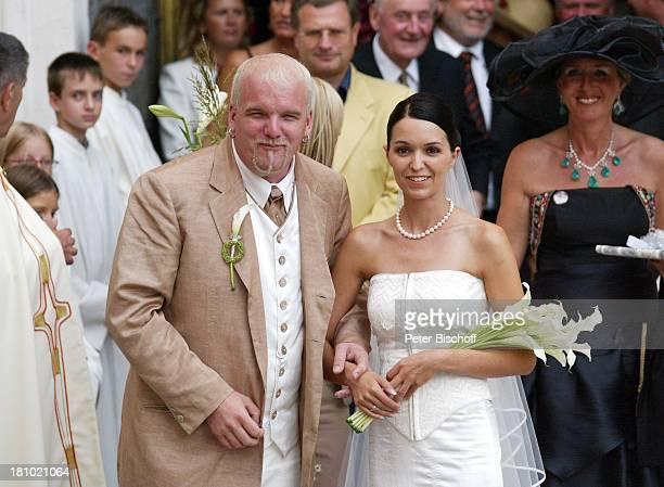 Hochzeit von DJ ; tzi , Ehefrau Sonja Kien-Friedle, Raimund Ochabauer , Pöllau , ; sterreich, Braut, Brautkleid, Bräutigam, Kirche,...