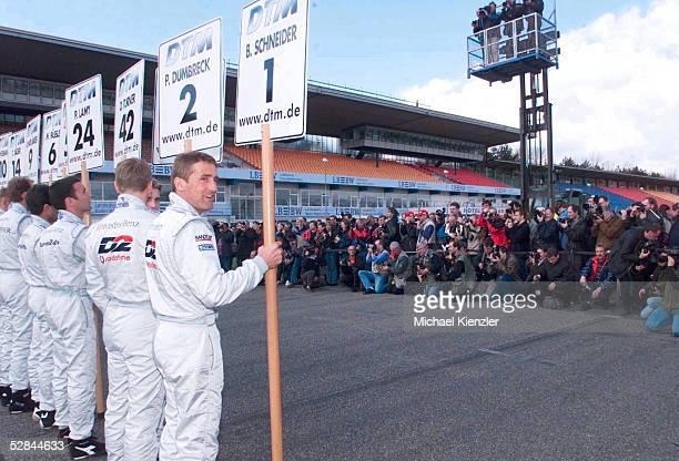 PRAESENTATION 2001 Hockenheim Bernd SCHNEIDER Team D2 AMG Mercedes
