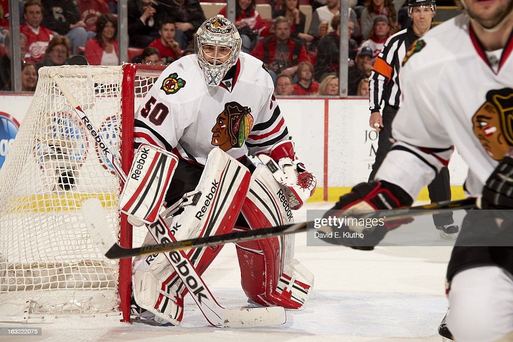 Chicago Blackhawks goalie Corey Crawford (50) in action vs Detroit Red Wings at Joe Louis Arena. David E. Klutho F176 )