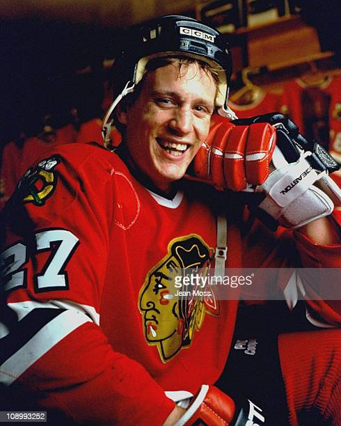 Closeup portrait of Chicago Blackhawks Jeremy Roenick during photo shootChicago IL 9/27/1991CREDIT Jean Moss