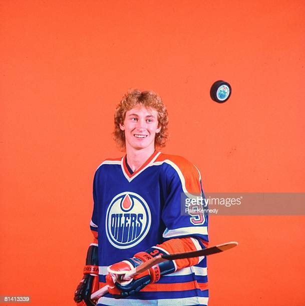 Hockey Closeup portrait of Edmonton Oilers Wayne Gretzky with puck and stick equipment Cover Edmonton CAN 9/1/19819/31/1981