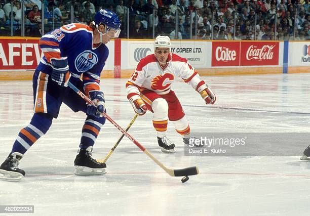 Edmonton Oilers Randy Gregg in action vs Calgary Flames Sergei Makarov at Olympic Saddledome Calgary Canada 9/26/1989 CREDIT David E Klutho