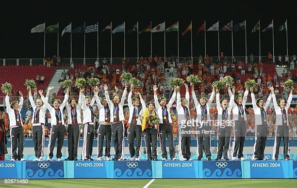 Hockey / Frauen Olympische Spiele Athen 2004 Athen Finale / Deutschland Niederlande 21 Gold Team GER 260804