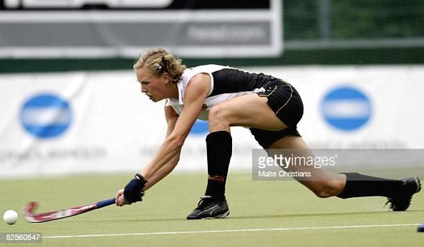 Hockey / Frauen Vier Nationen Turnier 2004 Hamburg Deutschland Korea Fanny RINNE / Deutschland 110704