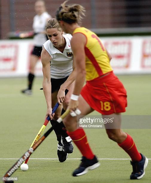 Hockey / Frauen: Vier Nationen Turnier 2004, Hamburg; Deutschland - Spanien ; Marion RODEWLD / GER 09.07.04.