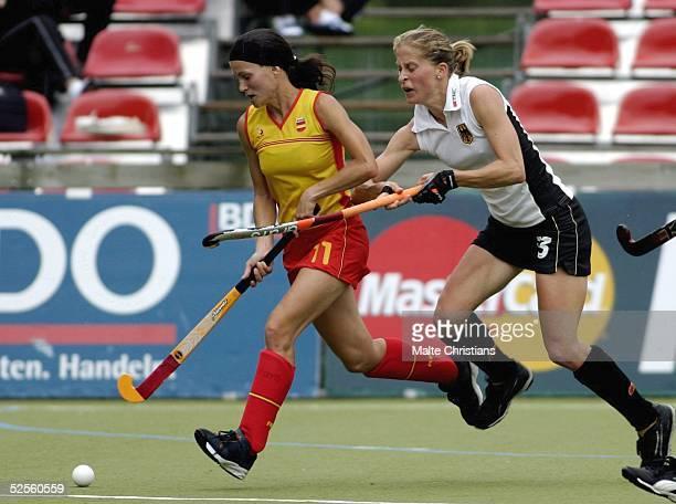 Hockey / Frauen Vier Nationen Turnier 2004 Hamburg Deutschland Spanien Mar FEITO / ESP Denise KLECKER / GER 090704