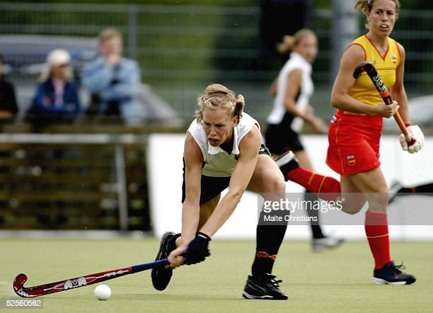 Hockey / Frauen Vier Nationen Turnier 2004 Hamburg Deutschland Spanien Fanny RINNE / GER 090704