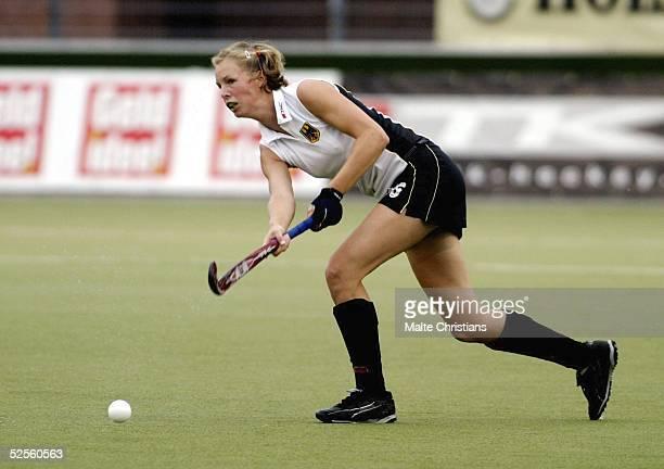 Hockey / Frauen: Vier Nationen Turnier 2004, Hamburg; Deutschland - Spanien ; Fanny RINNE / GER 09.07.04.