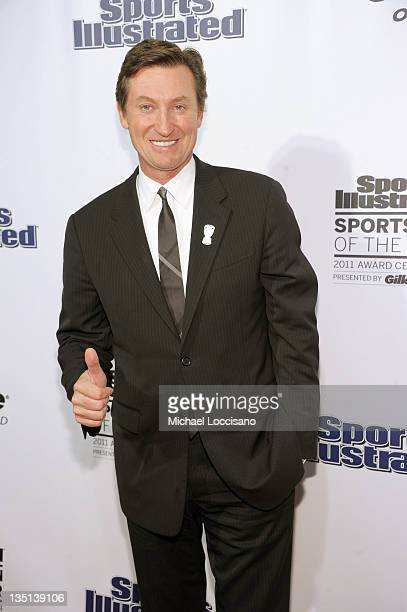 Hockey great and former Sportsman of the Year Wayne Gretzky attends the 2011 Sports Illustrated Sportsman of the Year award presentation at The IAC...
