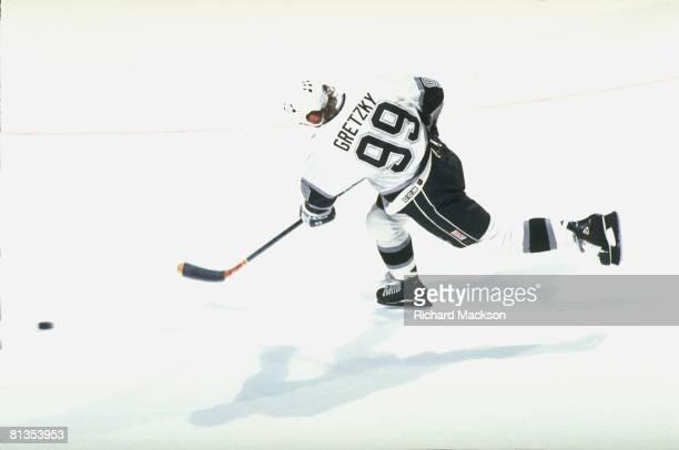 Hockey Los Angeles Kings Wayne Gretzky in action vs Buffalo Sabres Los Angeles CA 3/12/1994