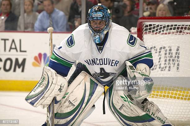 NHL Playoffs Vancouver Canucks goalie Roberto Luongo in action vs Chicago Blackhawks Game 4 Chicago IL 5/7/2009 CREDIT David E Klutho