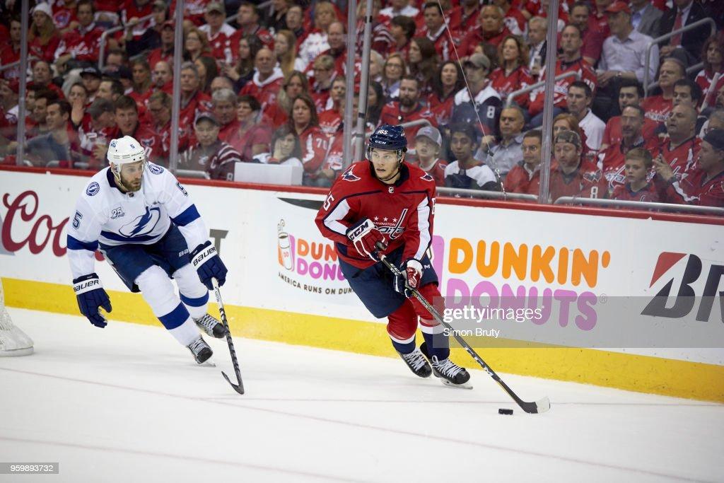 Washington Capitals Andre Burakovsky (65) in action vs Tampa Bay Lightning  Dan Girardi ( 0524e42110aa