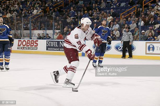 Hockey Phoenix Coyotes Shane Doan in action vs St Louis Blues St Louis MO 1/26/2006