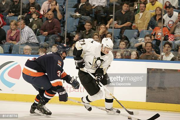 Hockey Pittsburgh Penguins Evgeni Malkin in action vs New York Islanders Uniondale NY
