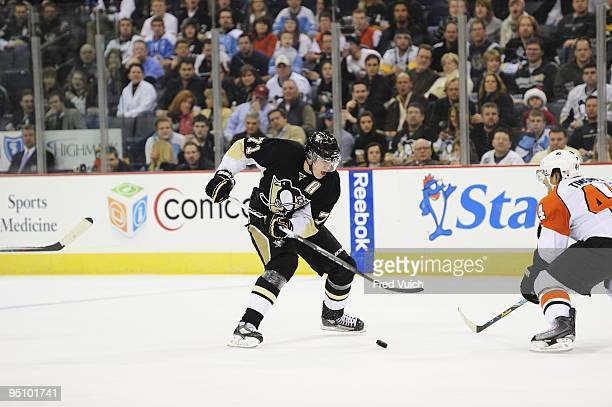 Pittsburgh Penguins Evgeni Malkin in action vs Philadelphia Flyers Pittsburgh PA CREDIT Fred Vuich