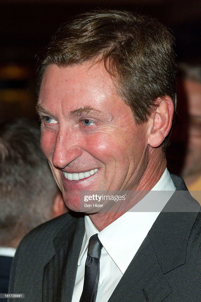 Hockey Player Wayne Gretzky attends the Canadian Association Of New York's 33rd Annual Hockey Achievement Award Honoring Wayne Gretzky at Cipriani 42nd Street on September 10, 2012 in New York City.