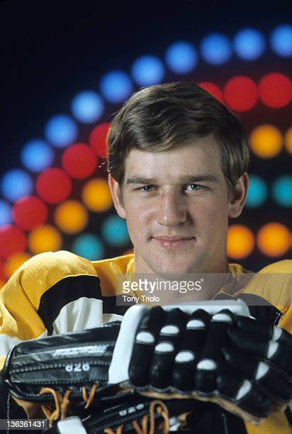 Sportsman of the Year Closeup portrait of Boston Bruins Bobby Orr during photo shoot at Life Studios Cover New York NY CREDIT Tony Triolo