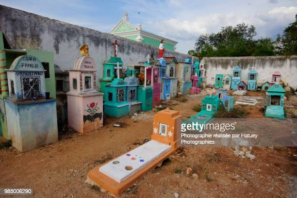 "hoctun, a mayan cemetery in yucatan - ""hatuey photographies"" photos et images de collection"