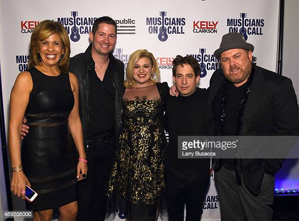 Hoda Kotb, Pete Griffin, Kelly Clarkson, Charlie Walk and Shane Tarleton attend Musicians On Call Celebrates Its 15th Anniversary Honoring Kelly...