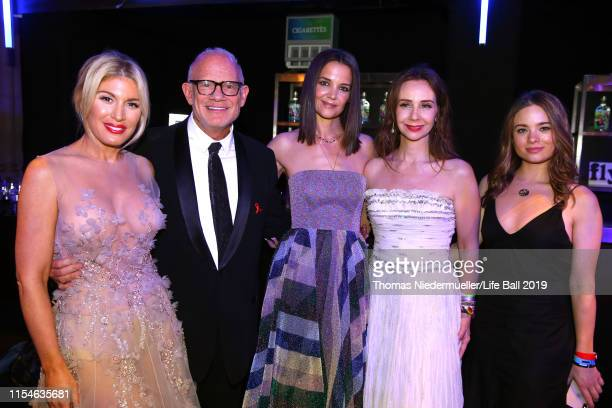 Hofit Golan Bill Roedy Katie Holmes Alexandra Roedy and a guest attend the LIFE Solidarity Gala prior to the Life Ball 2019 at Spiegelzelt in the...
