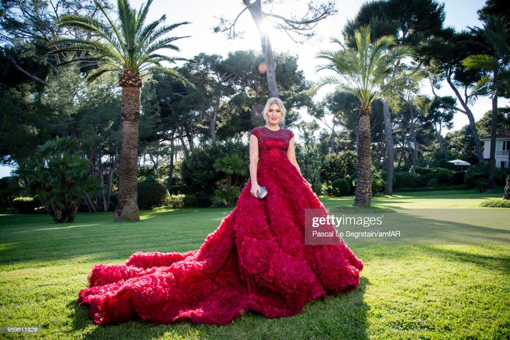 Hofit Golan poses for portraits at the amfAR Gala Cannes 2018 cocktail at Hotel du Cap-Eden-Roc on May 17, 2018 in Cap d'Antibes, France.