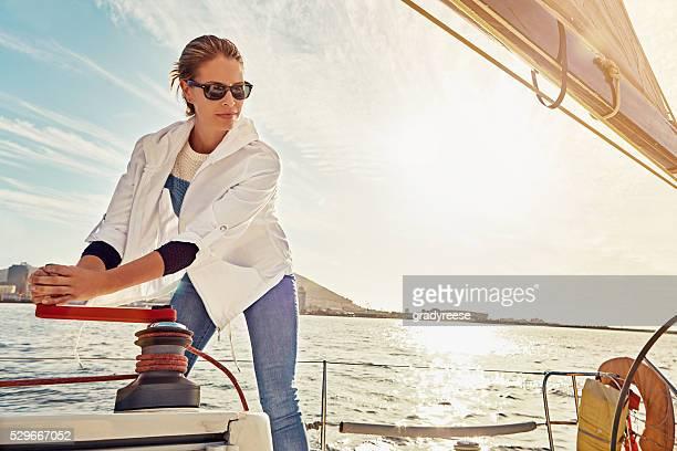 裸の帆船 - 吊り上げる ストックフォトと画像